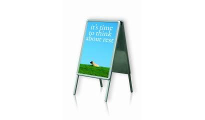 Tablica plakatowa na stojaku 2x3